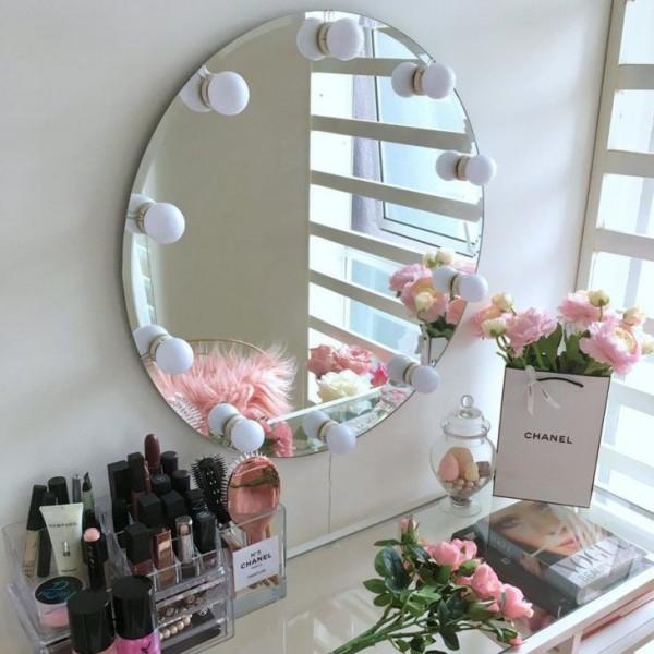 آینه هالیوودی گرد